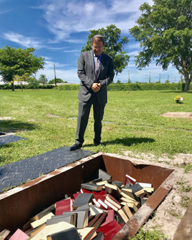 Burying Sacred Jewish Texts in a South Florida Jewish Cemetery