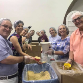 Federation Volunteers Pack 28,000 Meals for People in Need