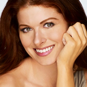 Debra Messing Shares Her Jewish Story at The Women's Event
