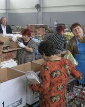 Pantry Packers Fight Food Insecurity in Israel