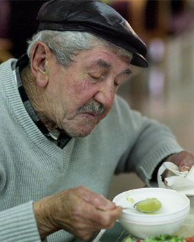 Jews in Argentina Receive Help Thanks to Your Donations