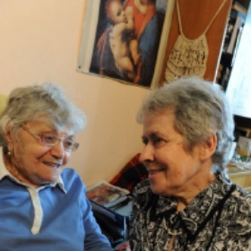 Elderly Jews and Holocaust Survivors Find a Home and a Community